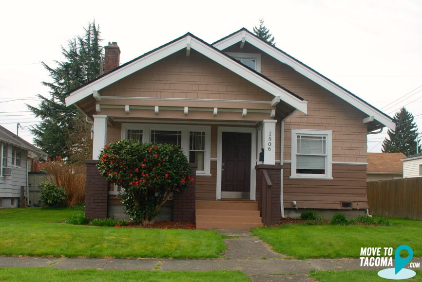 Brown Craftsman house in central tacoma wa