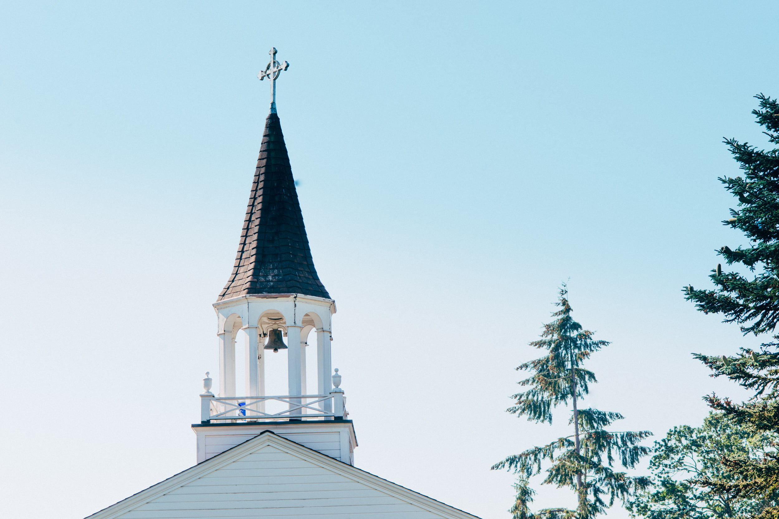 church steeple in lakewood wa