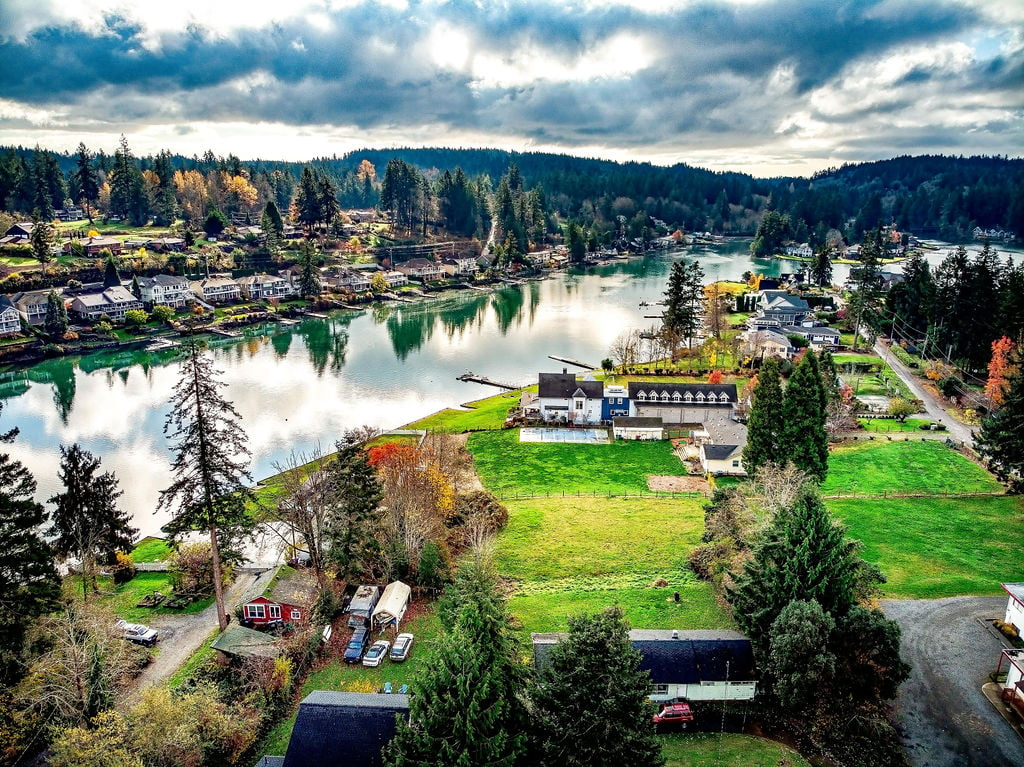 Aerial view of rosedale near gig harbor wa