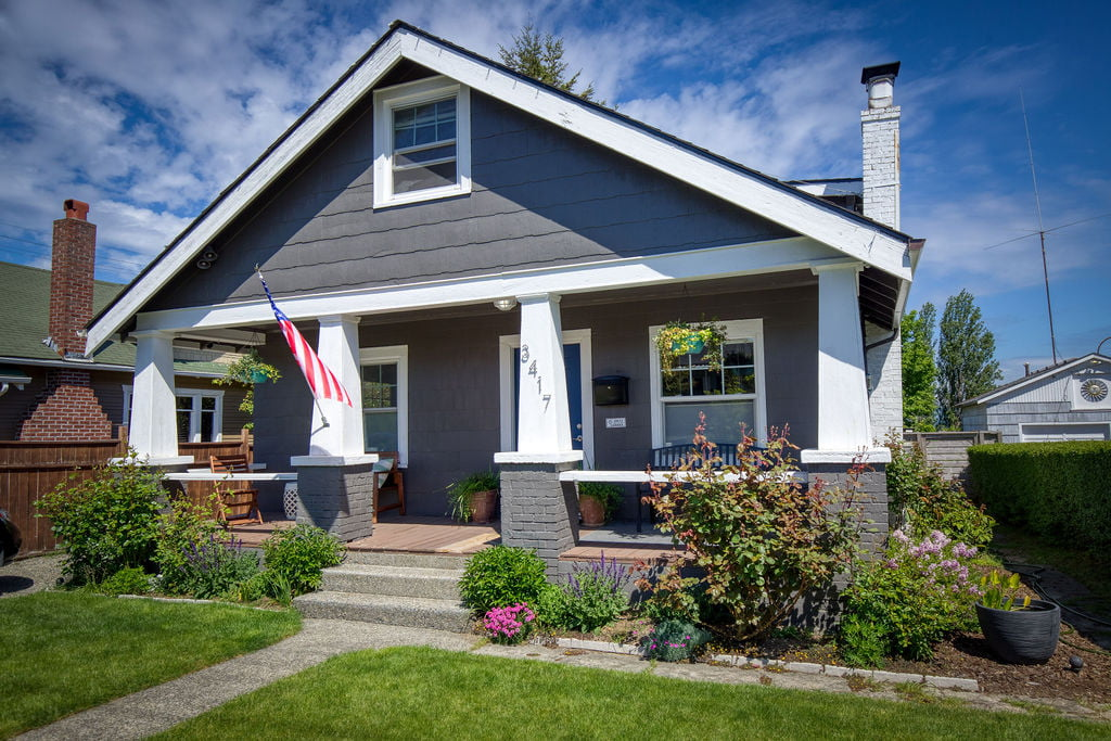 Crafstman Home on Mckinley HIll in Tacoma, WA