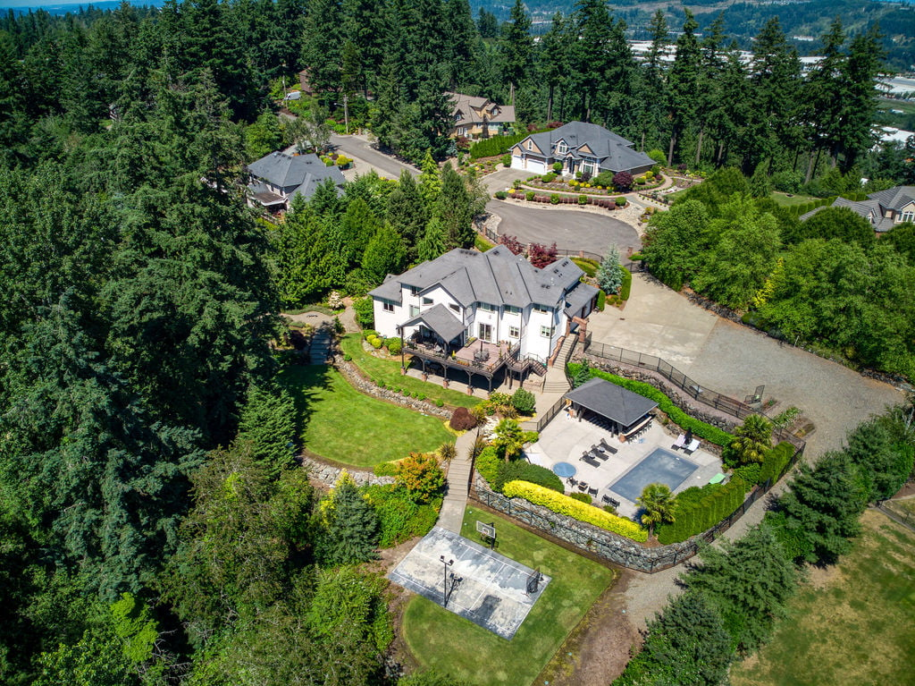 newer homes in edgewood wa